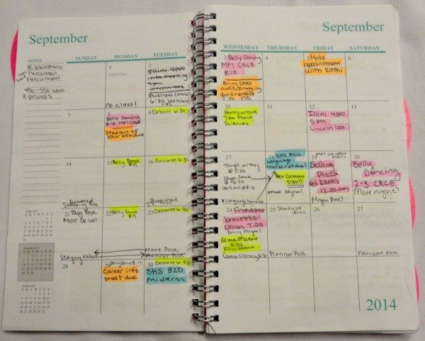 Using a planner doesn't have to be confusing! Check out www.mostlymorgan.com for guidance on getting your life together with the help of a planner!